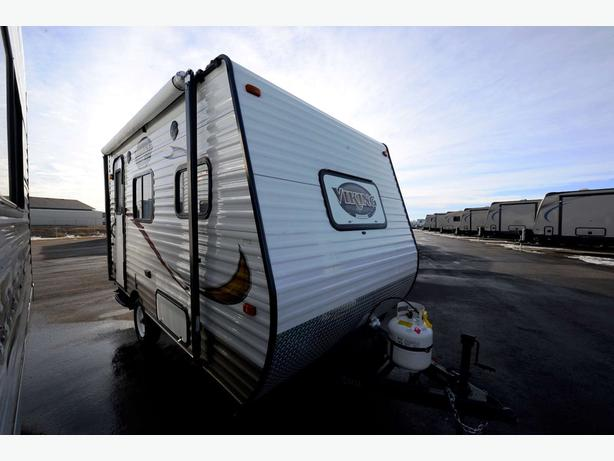 2013 COACHMEN VIKING 14R