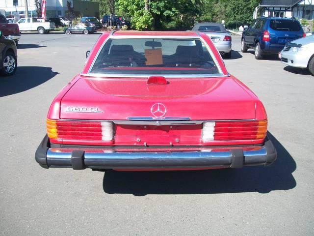 1986 Mercedes 560sl Outside Comox Valley Courtenay Comox
