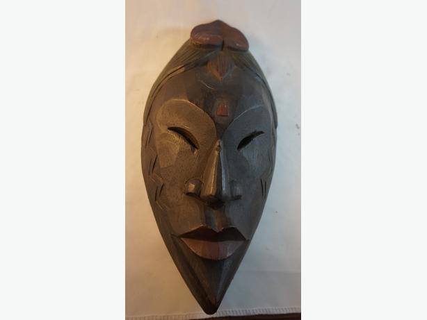 4u2c HAND CARVED WOOD TRIBAL MASK MADE IN INDONISIA