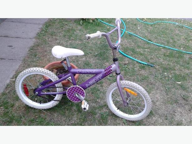 "Girls 16"" tire Next Poppet bike"