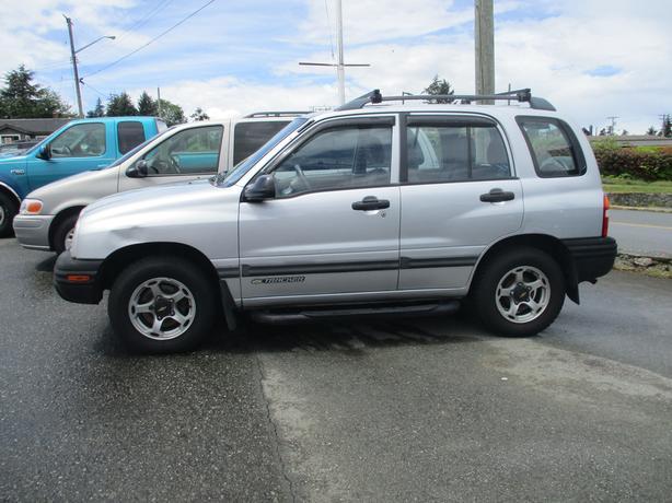 2000  Chevrolet Tracker 4x4