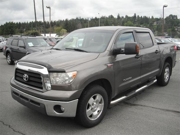 2007 toyota tundra sr5 crewmax 6at 2wd outside alberni valley alberni. Black Bedroom Furniture Sets. Home Design Ideas