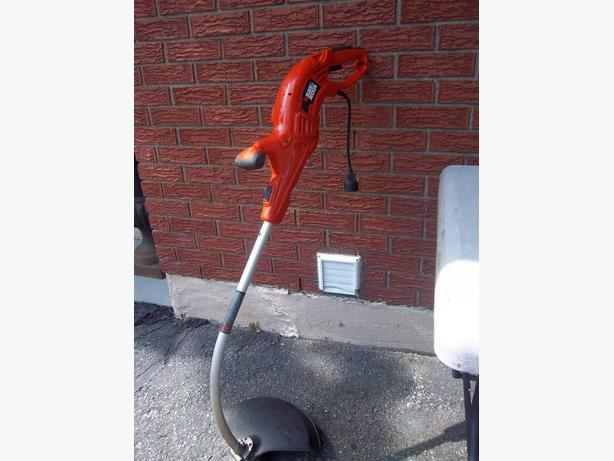 Black & Decker 14 inch electric grasswhip