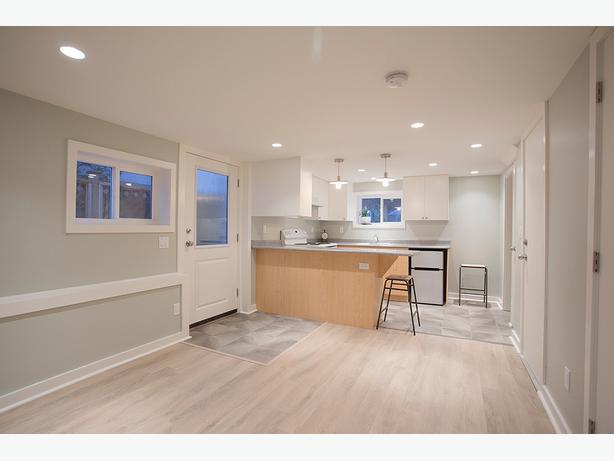 Jr  1 Bedroom apartment   All Inclusive   Foul Bay Hillside. Jr  1 Bedroom apartment   All Inclusive   Foul Bay Hillside