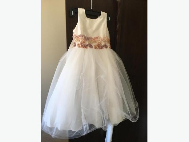 Flower girl dresses victoria bc bridesmaid dresses for Used wedding dresses victoria bc