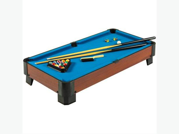 Table top pool table 40 inch central ottawa inside for Table 85 ottawa