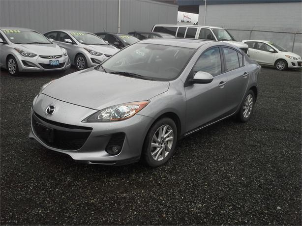 2013 Mazda Mazda3 GS LUX