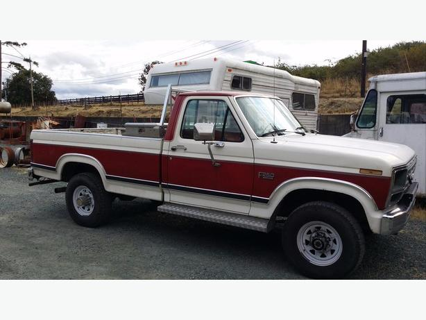 86 Ford F250 DISSEL $5500 OBO