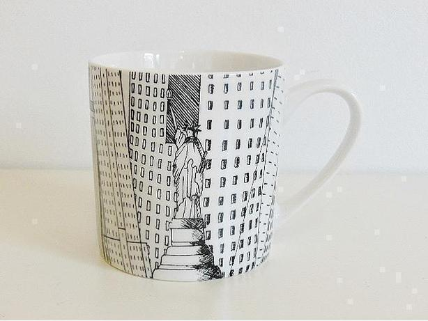 CreativeTops - Manhattan Fine China Mug