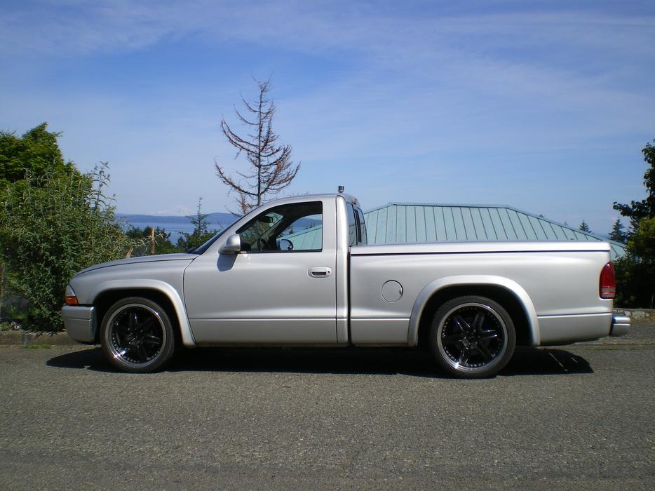 on Wanted Dodge Dakota R T