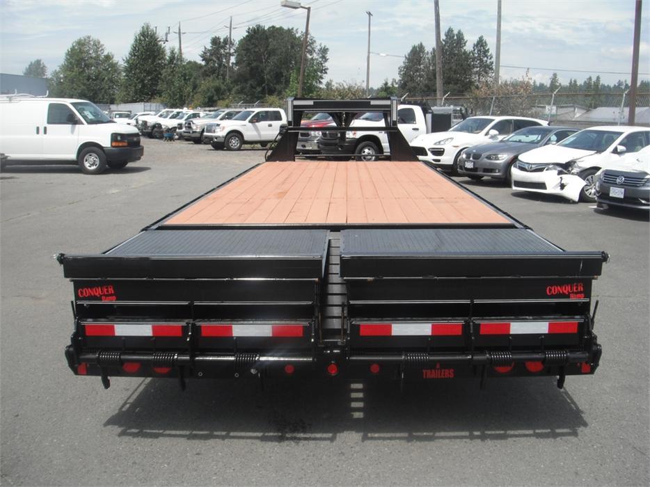 2016 double a trailers 26 foot gooseneck eghb148
