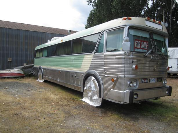 1978 Courier Challenger MCI - motorhome