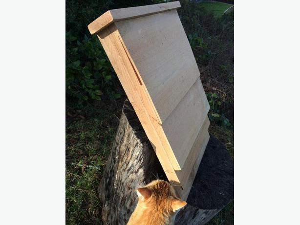BRAND NEW Large Bat House