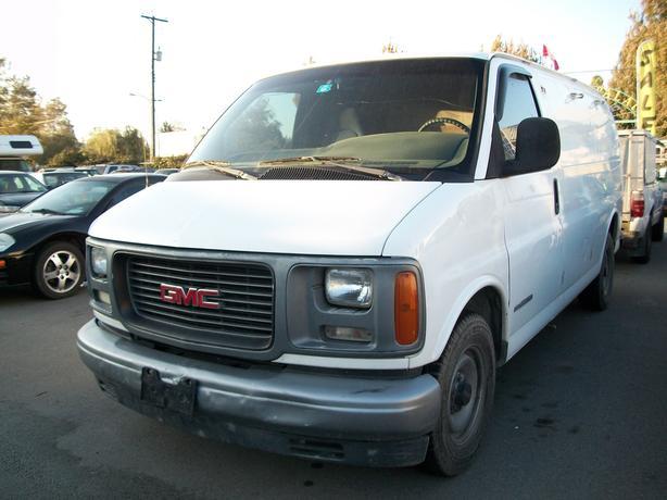 1998 GMC Savana G2500 Cargo Van