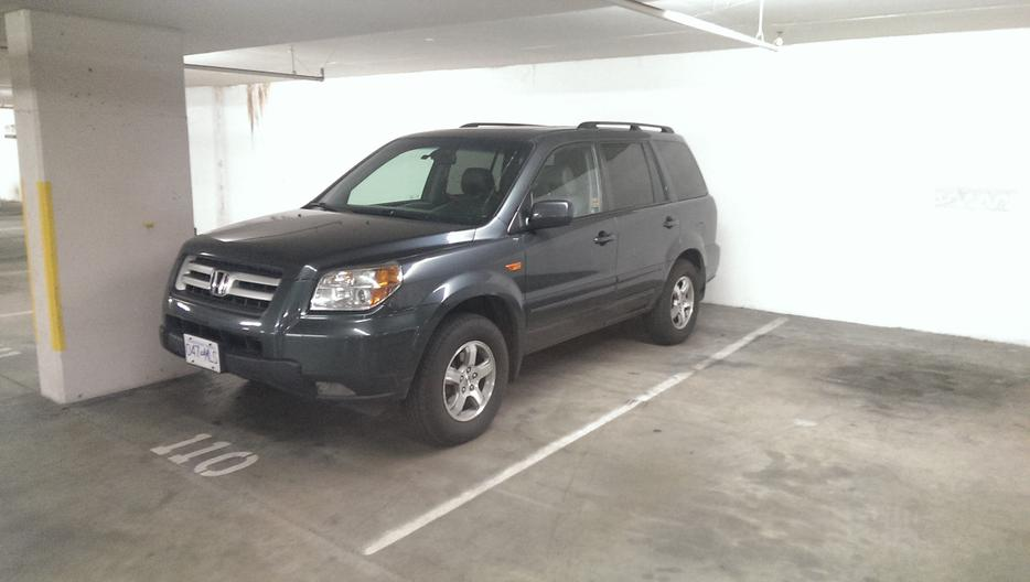 2006 honda pilot ex l 8 seater with towing package 8 500 o b o victoria city victoria. Black Bedroom Furniture Sets. Home Design Ideas