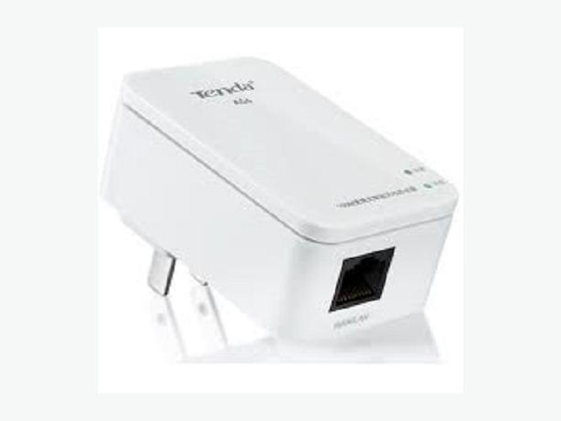 New Wireless Wifi Extender Repeater AP 802.11N/B/G 300M 2dBi