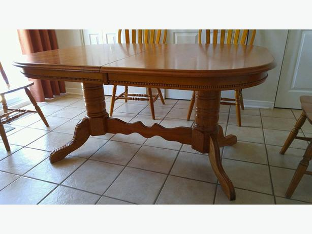 REDUCED PRICE Solid Wood Dining Room Set Outside Ottawa  : 53733749614 from www.usedgatineau.com size 614 x 461 jpeg 35kB