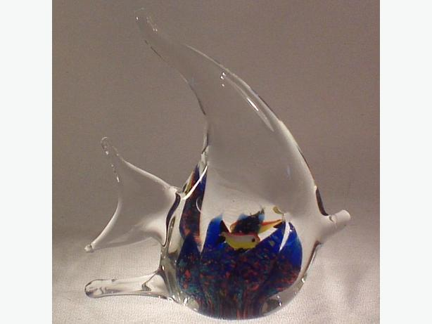 Glass angel fish paperweight