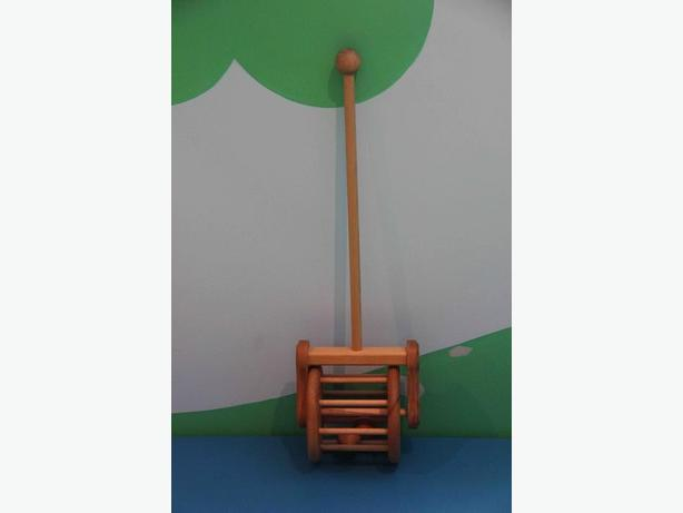 Solid Wood Push Toy