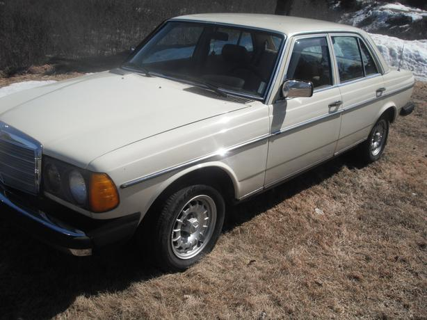1980 mercedes benz diesel 240d montreal montreal for Mercedes benz 240 diesel