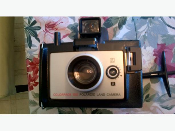polaroid land camera colorpack 100 ladysmith cowichan. Black Bedroom Furniture Sets. Home Design Ideas