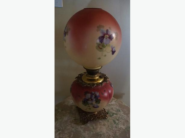 4u2c ANTIQUE PARLOR GONE WITH THE WIND OIL LAMP