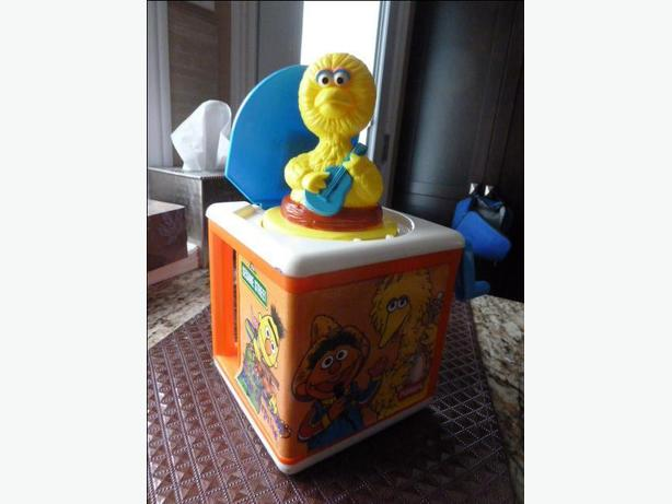 Vintage Big Bird Jack in the box