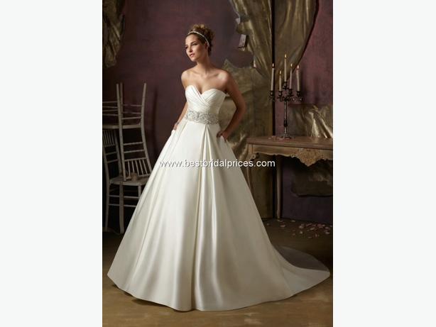 Log In needed $500 · Robe de Mariage Mori Lee - Wedding Dress Mori ...