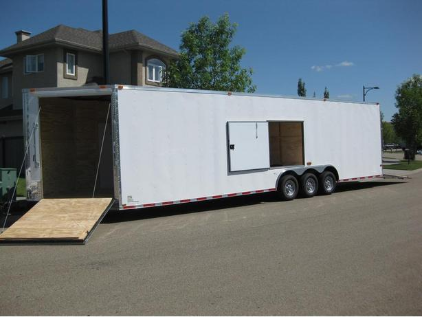 8.5' X 32' plus 5' V-NOSE CYNERGY TRIPLE AXLE TRAILER