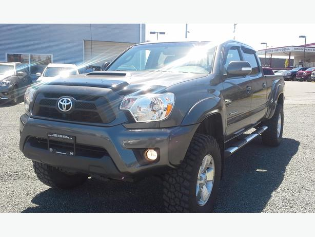 2014 toyota tacoma trd sport lift tires nice truck outside victoria victoria. Black Bedroom Furniture Sets. Home Design Ideas