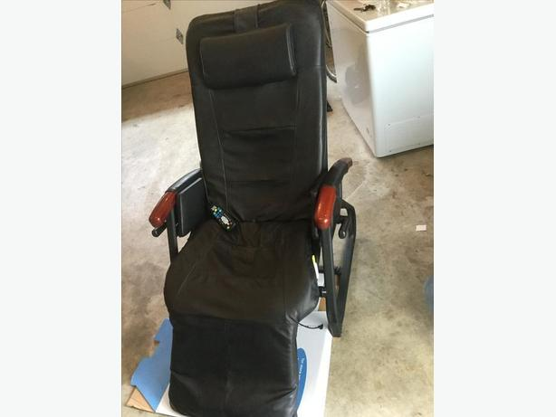 Homedics ULTRA INVERSION Massage Chair