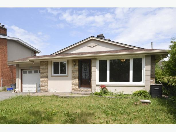 1081 FOLEY AVE - NEW PRICE! LOVELY 3 BDRM HOME!