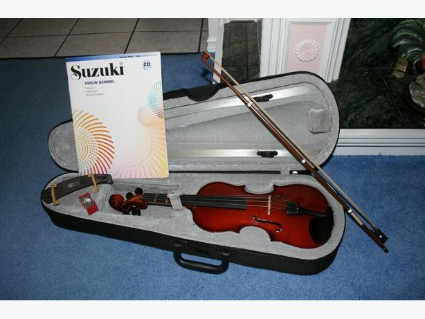 1/2 STUDENT VIOLIN/CASE/ROSIN/ SHOULDER REST/ SUZUKE BOOK 1