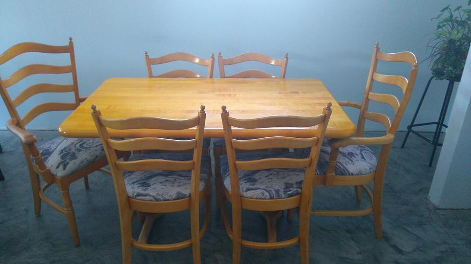 Dining Room Table Amp Chairs Central Saanich Victoria