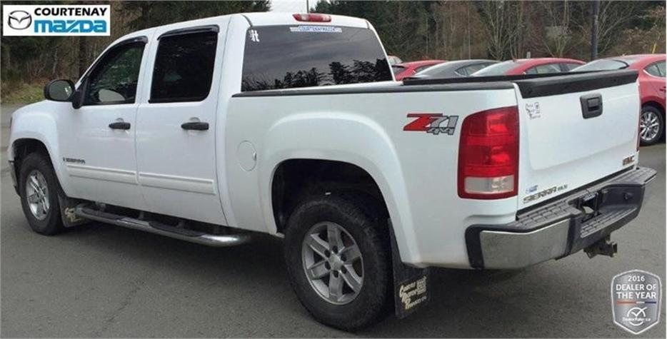 2008 gmc sierra 1500 sle crew cab 4wd outside comox valley campbell river mobile. Black Bedroom Furniture Sets. Home Design Ideas