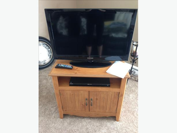 Samsung 32 Lcd Cs05 Sony Blue Ray 3d Bdp S470 Tv Stand