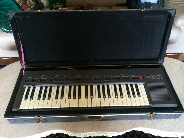 Bontempi Minstrel Electric Keyboard