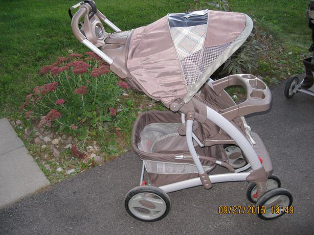 Graco Quattro Tour Stroller and accessories