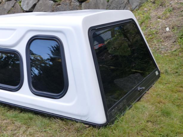 White Hornbys Canopy 74 Ish Inches By 60 This Is A Hi Rise Style With Sliding Windows And Screens Came From Mazda B2600 Will Also Fit