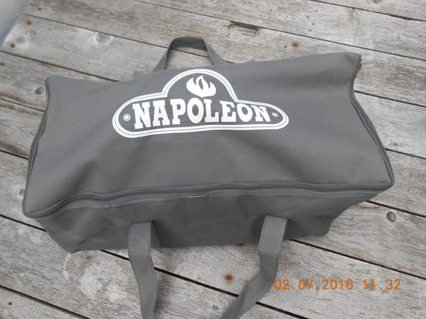 Never Used Napoleon Portable / Marine BBQ