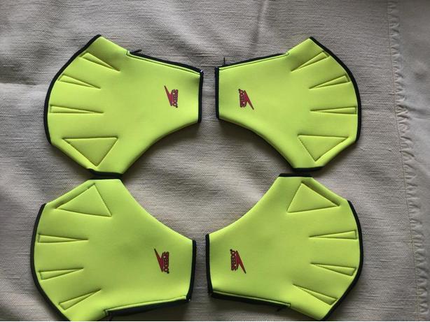 SPEEDO Aqua Fit Swim Training Gloves.  TWO PAIRs