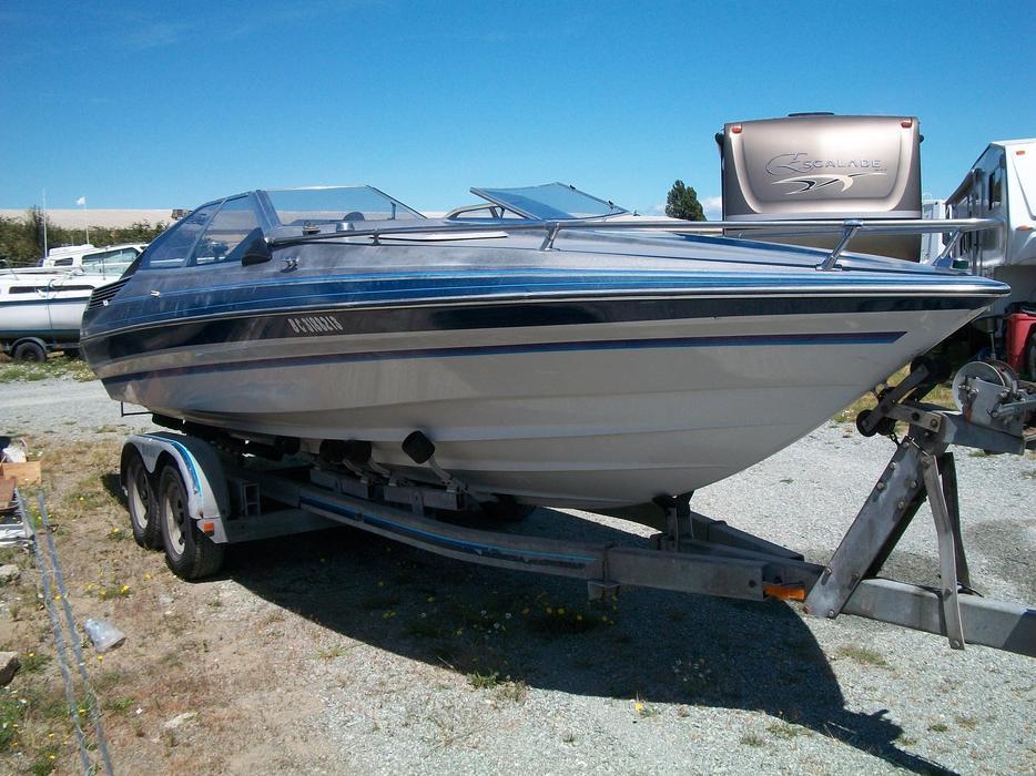 Bayliner Cobra 22 5 Foot Cuddy Cabin North Saanich