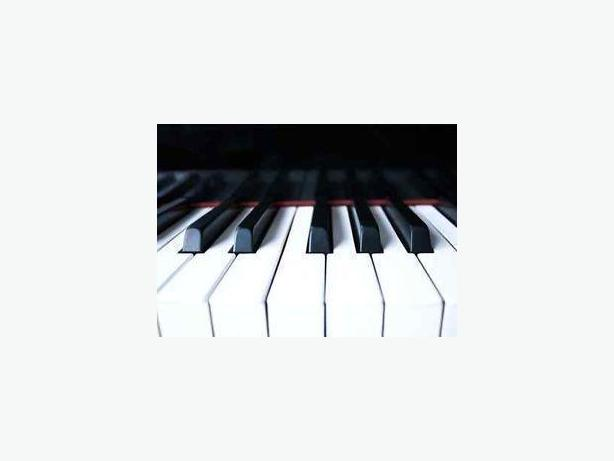 EXPERIENCED PIANO TEACHER IN NEPEAN