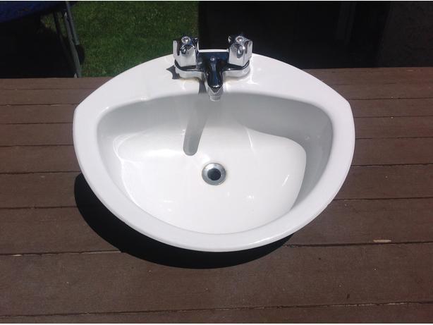 Bathroom Sinks Regina crane coronette bathroom sink & faucet north regina, regina