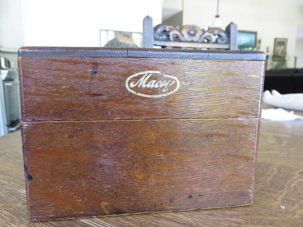 Macey oak box