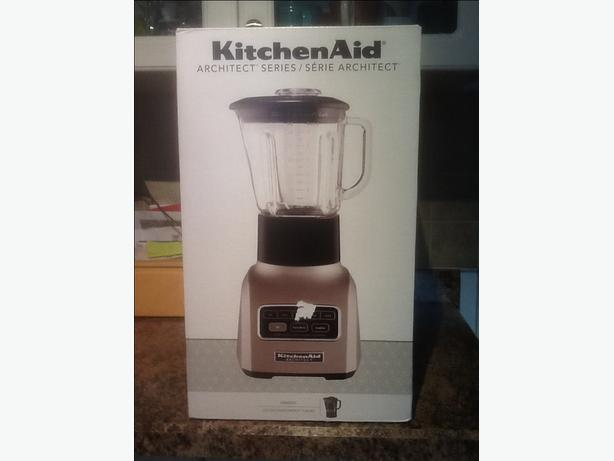 Kitchen aid blender west shore langford colwood metchosin for What brand of blender is used on the chew