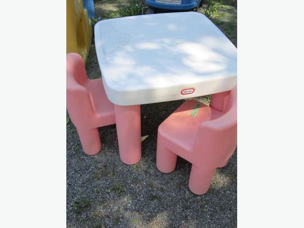 Little Tikes childs table set