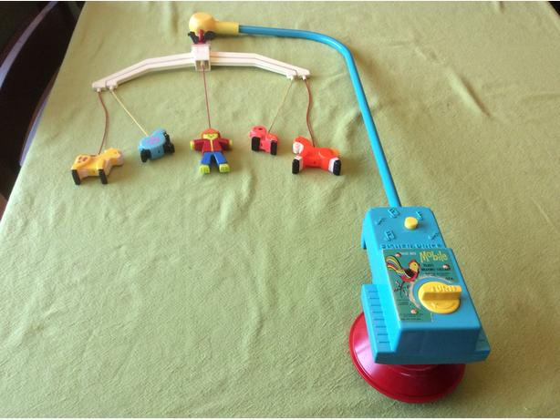 vintage 1973 Fisher Price music box mobile (174)