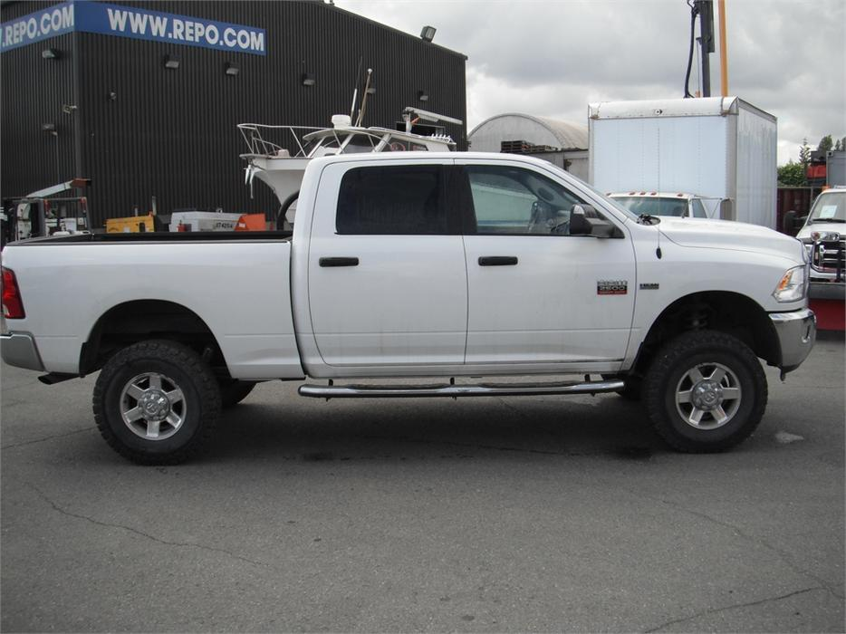 2012 dodge ram 2500 slt crew cab short box 4wd outside okanagan okanagan mobile. Black Bedroom Furniture Sets. Home Design Ideas