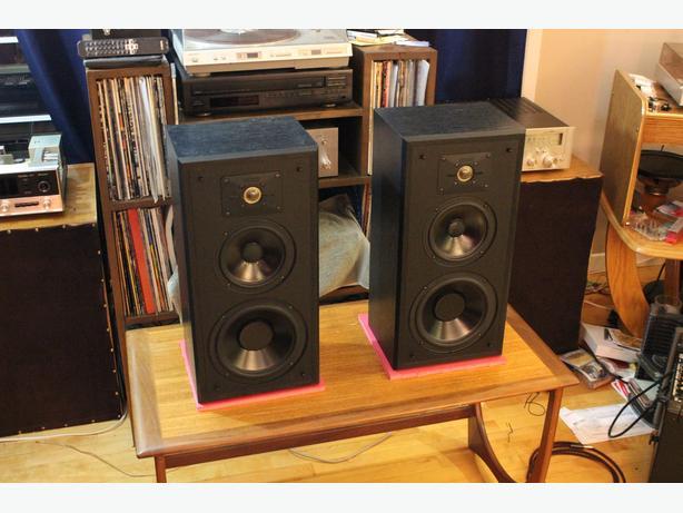 Polk Audio Monitor 5 Speakers